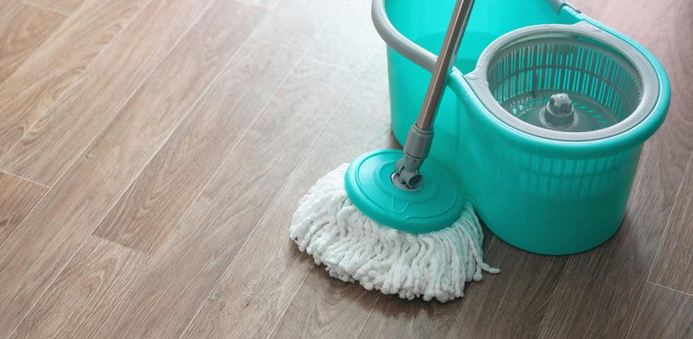 6 Techniques For How To Mop A Floor Correctly Fbm Web