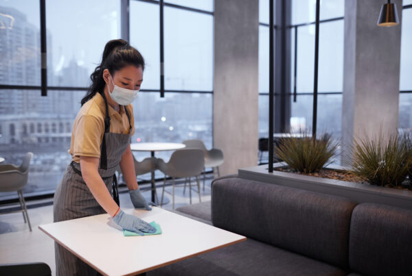 cleaning_kitchen